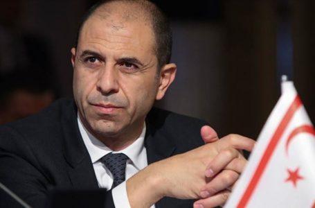 Özersay'dan Başbakan Saner'e tepki!