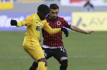 Süper Lig'de Ankara derbisi 78. kez oynanacak