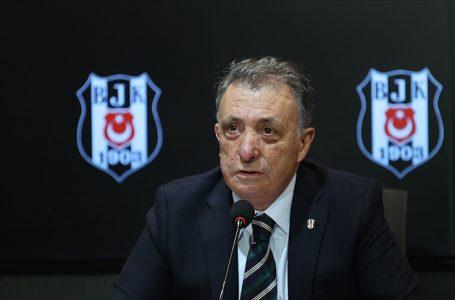 Beşiktaş Başkanı Çebi: Takımımızın lig ve kupa şampiyonluğu yolunda ilerleyişinin mutluluğunu yaşıyoruz