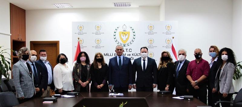 Milli Eğitim ve Kültür Bakanı Nazım Çavuşoğlu
