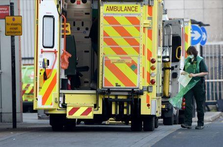 İngiltere'de Kovid-19 kaynaklı ölü ve vaka sayıları düşüyor