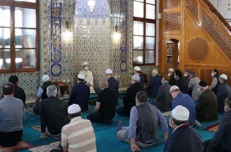 Tüm camilerde dün ikindi vakti Mescid-i Aksa'nın kurtuluşu ve Kudüs'te yaşananlar ve için dua edildi
