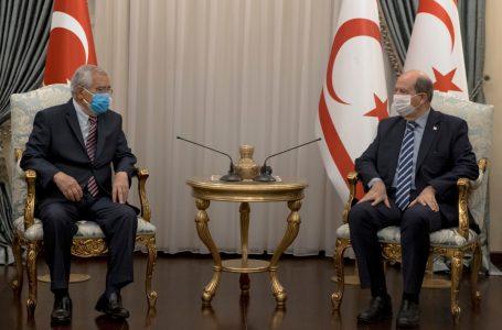 Cumhurbaşkanı Tatar:Dr. Küçük'ün yaktığı meşale sönmeyecek